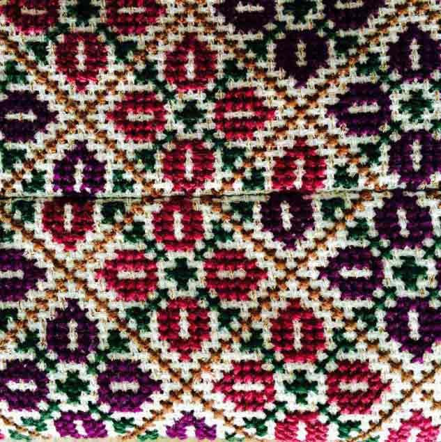 Flower cross-stitch embroidery from Palestine © Chloe Mukai