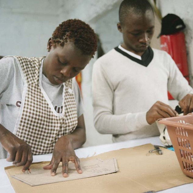 Stella McCartney's Made In Kenya project provides quality employment and skills training to artisans in Kenya © Tahir Carl Karmali & ITC Ethical Fashion Initiative