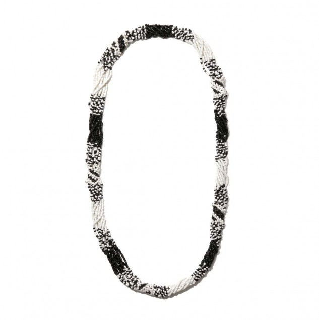 United Arrows TEGE necklace made by artisans in Kenya using their traditional Maasai beading skills © United Arrows