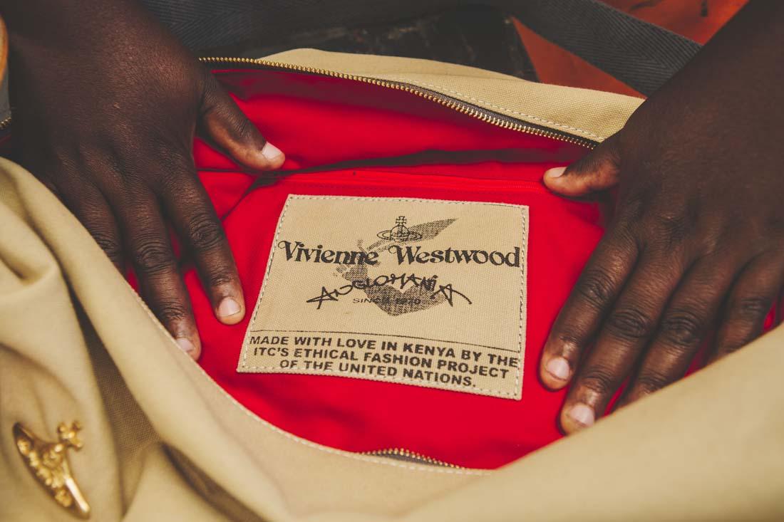 vivienne westwood designer report essay Moleskine vivienne westwood  yoox exklusive produkte italienischer und internationaler designer  unveröffentlichten interviews und essays von führenden.