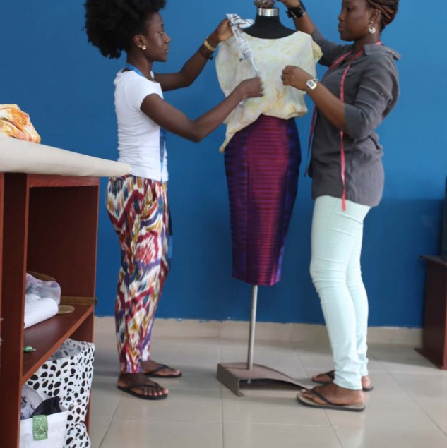 Netty Anang and Klekleli Dzidzienyo of Ameyo working on their Spring/Summer 2015 collection © ITC Ethical Fashion Initiative