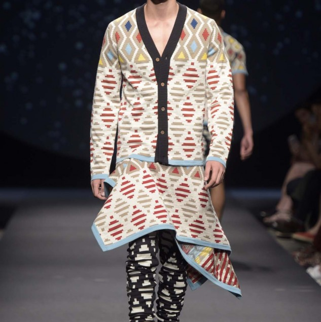 MaXhosa by Laduma Spring/Summer 2016 look shown at the Pitti Uomo 88 Constellation Africa show © Pitti Immagine Giovanni Giannoni