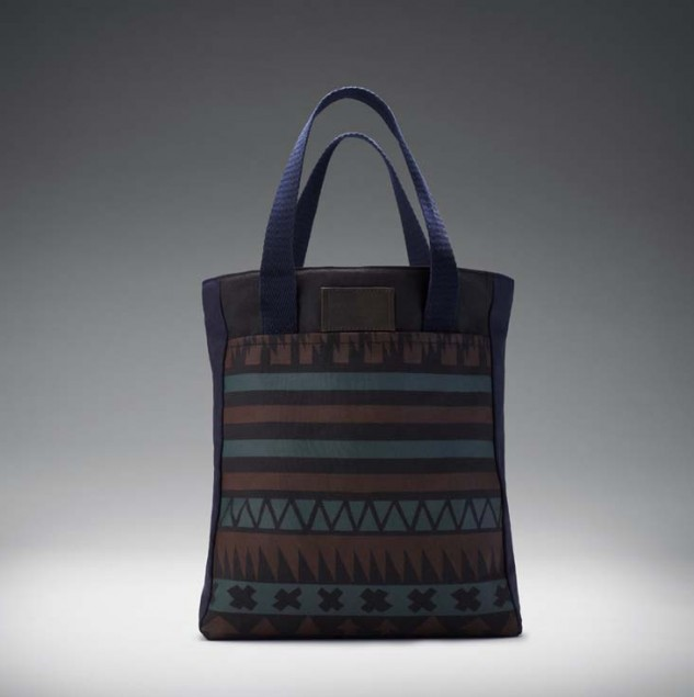 Maddison Made in Kenya tote bag made by artisans in Kenya for Manor © ITC Ethical Fashion Initiative