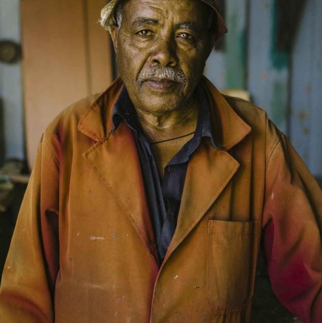 Ethiopian artisan working at HAFDE © ITC Ethical Fashion Initiative & Louis Nderi