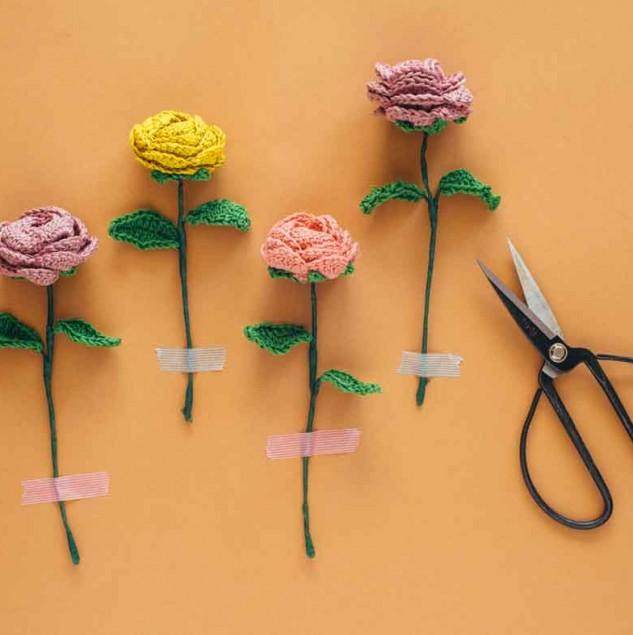 Commonthread DMC crochet flower project © Commonthread DMC