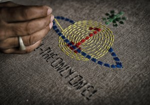 Embroidering the VW x FTR Gaia Scarf (c) Sanjog Rai & ITC Ethical Fashion Initiative (5)