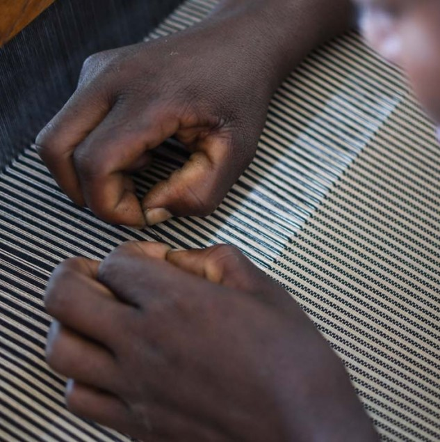 Making of Akoma 2017 fabric in Burkina Faso with Ethical Fashion Initiative artisans © ITC Ethical Fashion Initiative & Anne Mimault